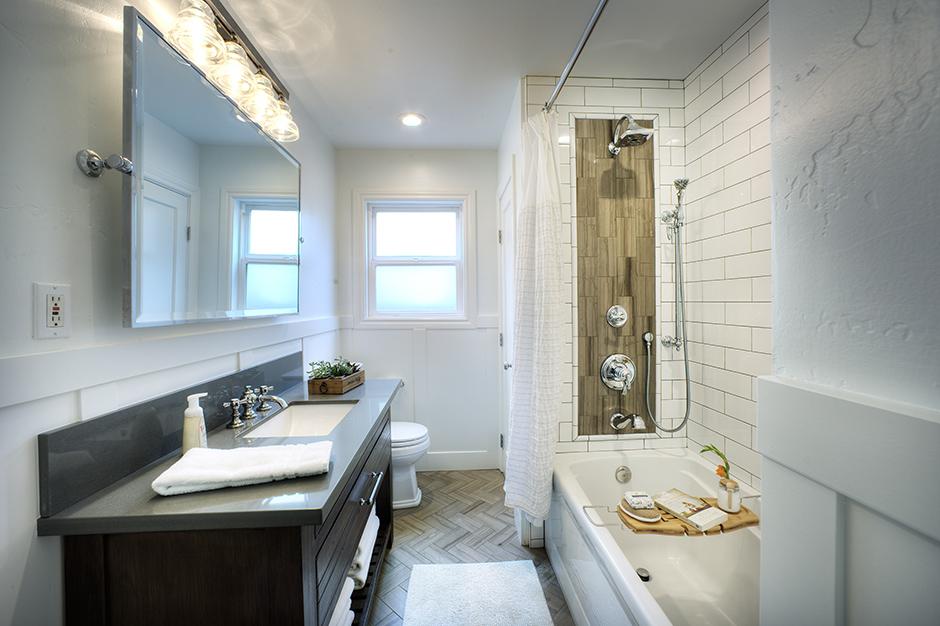 ... JNT Building U0026 Remodeling   Custom Bathroom